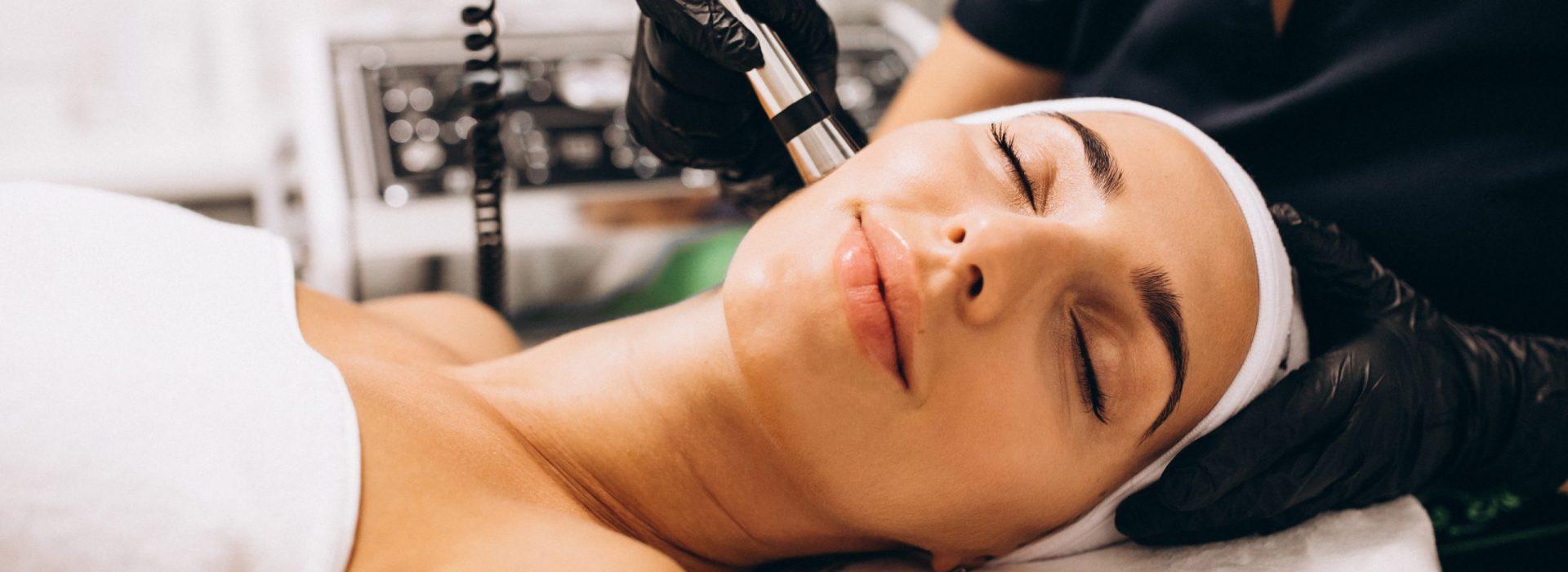 Aparatología Estética Avanzada Málaga ~ Tratamiento de botox Málaga ~ Centro de tratamientos antiarrugas sin cirugía Málaga